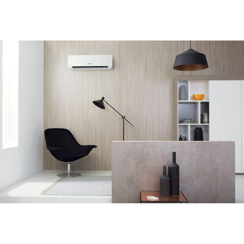 Whirlpool-Condizionatore-SPIW318A2WF-A---Inverter-Bianco-Lifestyle_Frontal_Open