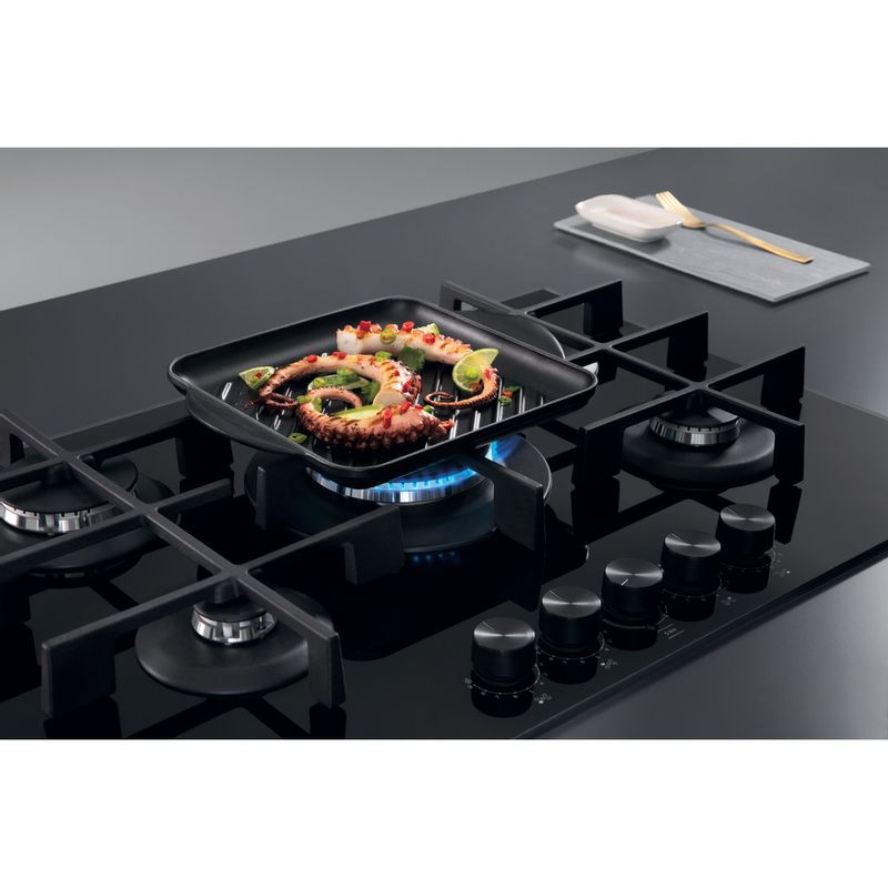 Whirlpool-Piano-cottura-GOWL-758-NB-Nero-GAS-Lifestyle-detail