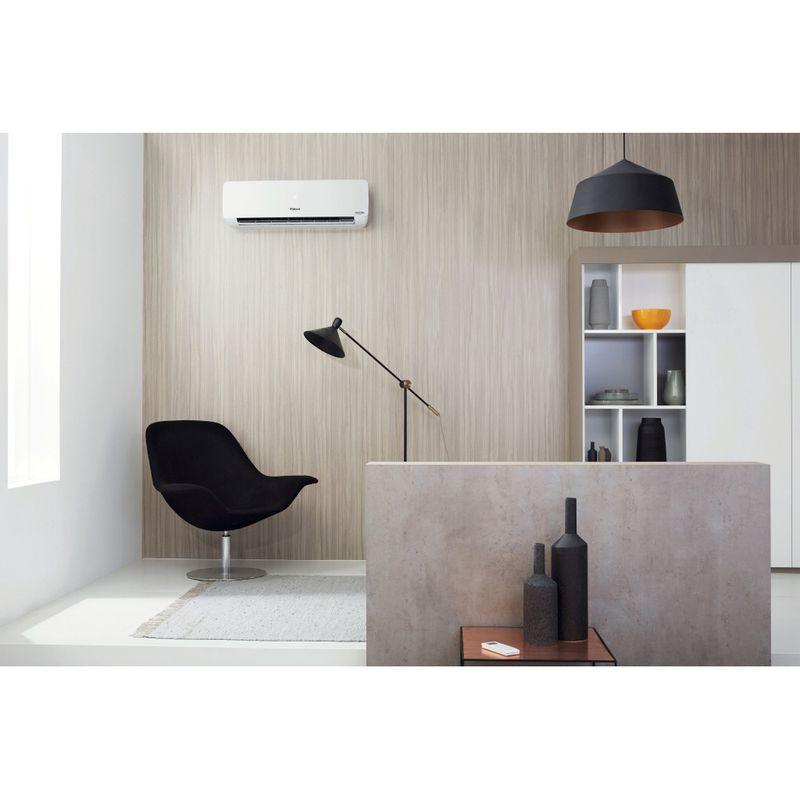 Whirlpool-Condizionatore-FM09IDU32-Non-disponibile-Inverter-Bianco-Lifestyle-frontal-open