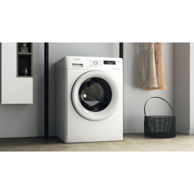 Whirlpool-Lavabiancheria-A-libera-installazione-FFS-P8-IT-Bianco-Carica-frontale-C-Lifestyle-perspective
