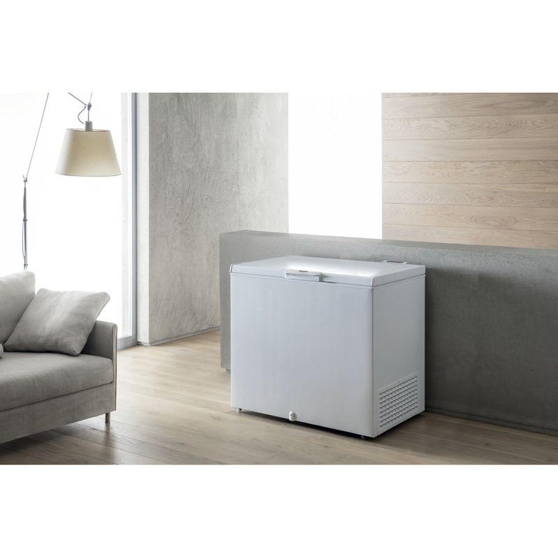 Whirlpool-Congelatore-A-libera-installazione-WHS2121-Bianco-Lifestyle-perspective