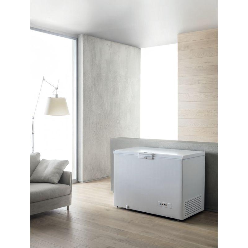 Whirlpool-Congelatore-A-libera-installazione-WHE39392-T-Bianco-Lifestyle-perspective
