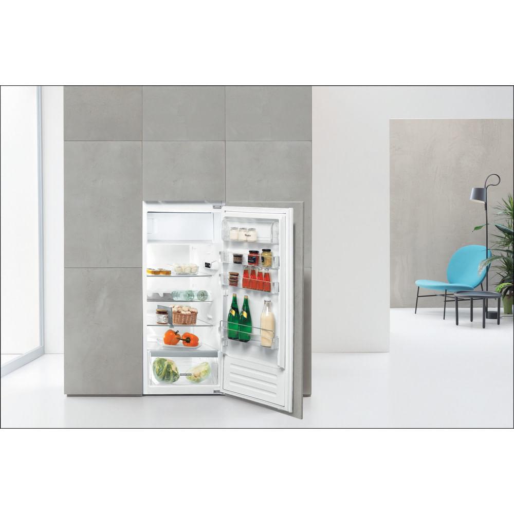Whirlpool Frigorifero da incasso ARG 71911 : guarda le specifiche e scopri le funzioni innovative degli elettrodomestici per casa e famiglia.