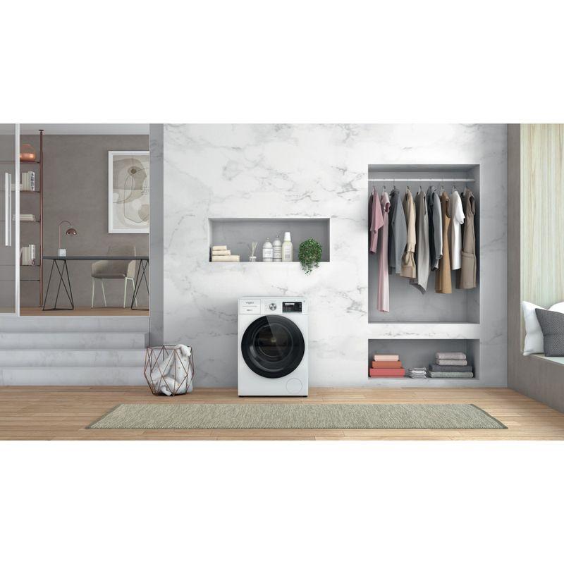 Whirlpool-Lavabiancheria-A-libera-installazione-W8-W946WR-IT-Bianco-Carica-frontale-A-Lifestyle-frontal