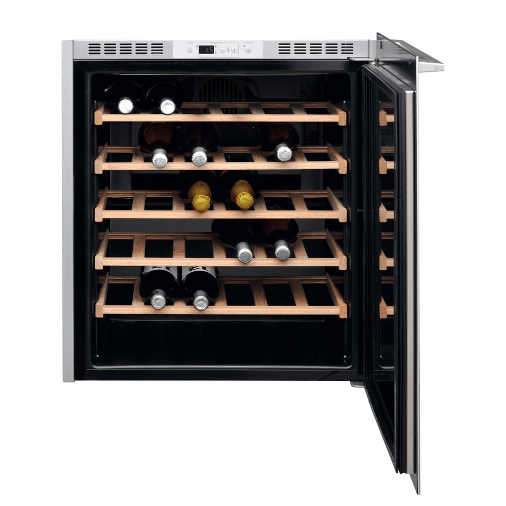 Whirlpool Cantinetta vino da incasso W7 WC711 : guarda le specifiche e scopri le funzioni innovative degli elettrodomestici per casa e famiglia.