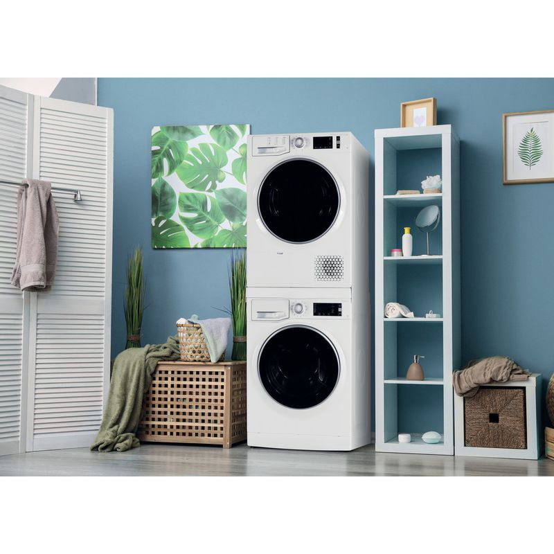 Whirlpool-WASHING-SKD400-Lifestyle-perspective