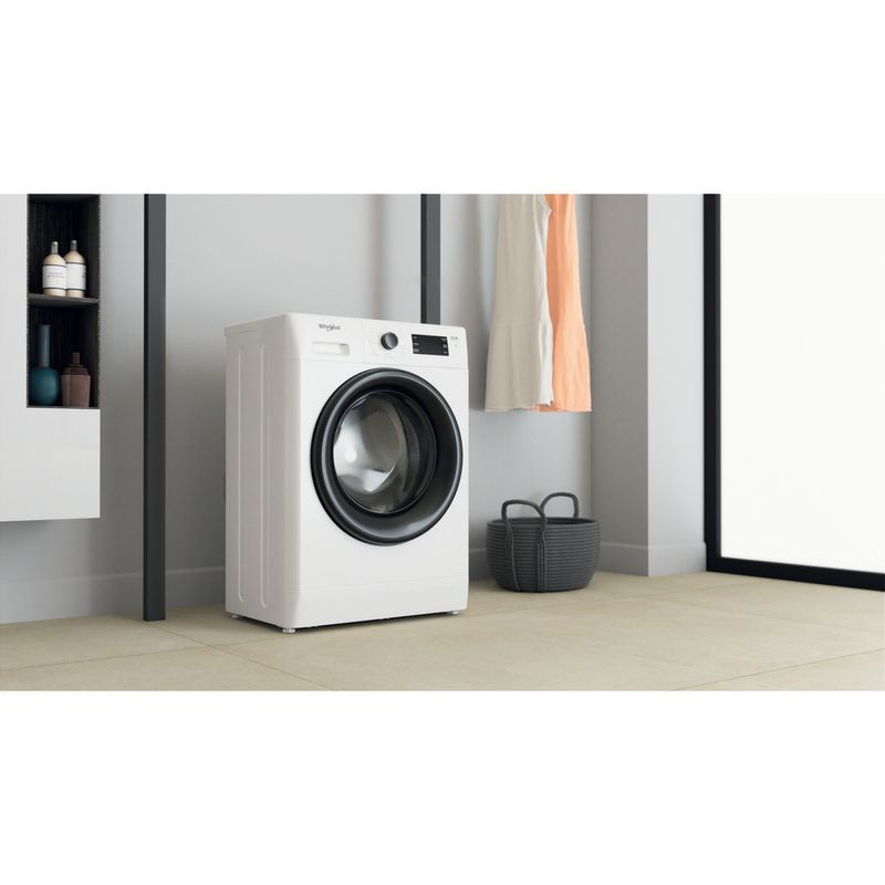 Whirlpool-Lavabiancheria-A-libera-installazione-FWSG-61251-B-IT-N-Bianco-Carica-frontale-F-Lifestyle-perspective